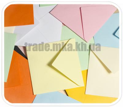 Фото товара Цветной конверт с треугольным клапаном 75х75мм (Mondi Color)