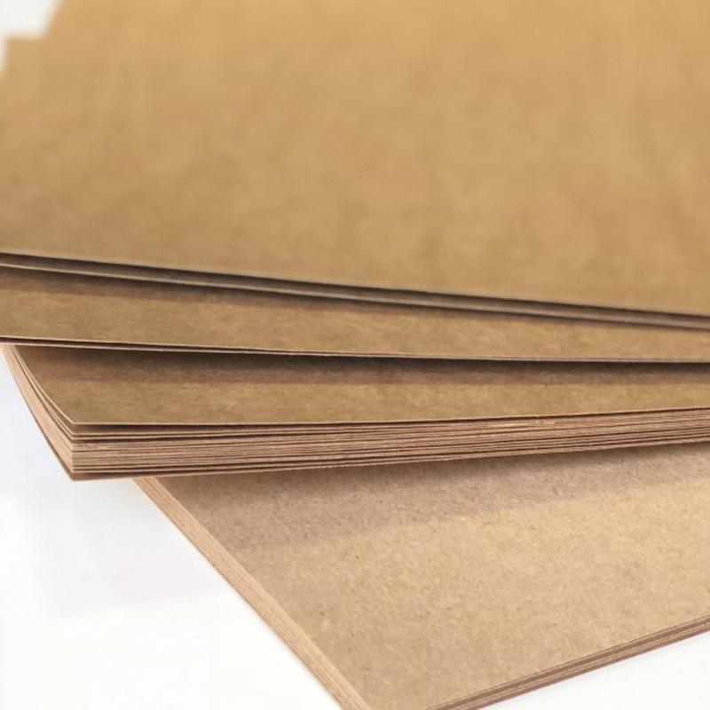 Фото товара Крафт картон 650x900 мм порезка на формат (400 г/м2)